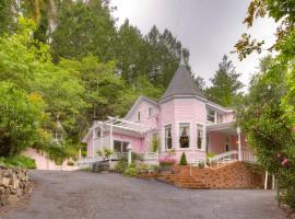 The Pink Mansion, Calistoga