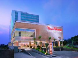 The Alana Hotel & Convention Center Solo