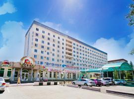 """Hotel """"Ussuriysk"""""""