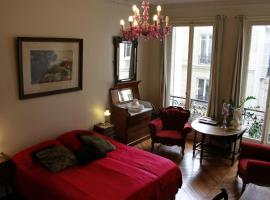 A Room In Paris