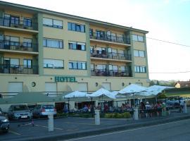 Hotel Brisamar, Bañugues (Faro de Peñas yakınında)