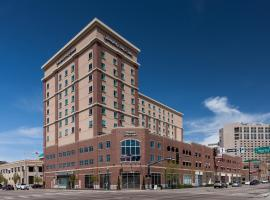 Hotels Near Boise Airport With Shuttle Service Hampton Inn Suites Downtown