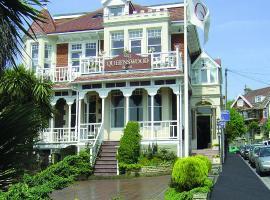 Queenswood Hotel, Vestonsjūpermēra