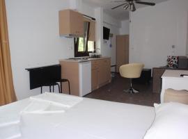 Petrouda's Apartments, Kariotes