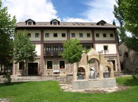 Casa Forestal, Morillo de Tou
