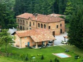 Agriturismo Valdispinso, Santa Vittoria d'Alba (Monticello d'Alba yakınında)
