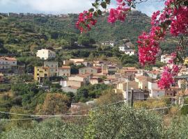 Casa Nina - Modolo a 3 km dal mare di Bosa, Modolo (Tinnura yakınında)