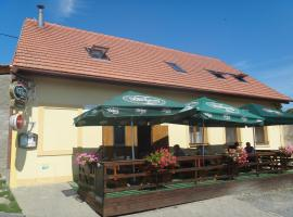 Penzion u Bednářů, Pavlov (Milovice yakınında)