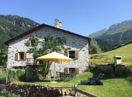 Romantic, standal. 5½ room cottage, Poschiavo (La Rösa yakınında)