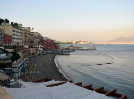 Posillipo Hill, Napoli (Posillipo yakınında)