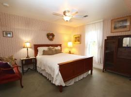 Case Ranch Inn Bed and Breakfast, Forestville