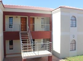 Nicopolis Self-Catering Apartments, Gaborone (Dumadumana yakınında)
