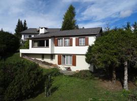 Haus Mengia, Lenz (Alvaschein yakınında)