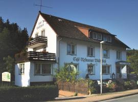 Hotel Waldschloss, Fohlenplacken (Neuhaus yakınında)