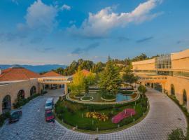 Spring City Golf and Lake Resort, Yiliang (Tangchi yakınında)