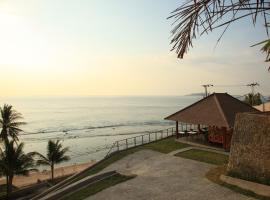 Lima Satu Resort, Телукнарат