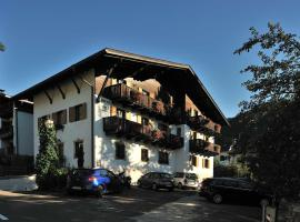 Mountain B&B Garni Erna - Adults Only, San Vigilio Di Marebbe