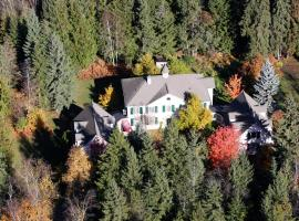 The Inn at the Ninth Hole Bed & Breakfast, Salmon Arm