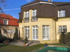 Villa Olivia, Prag (Kyje yakınında)