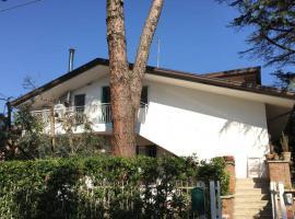 Appartamento 65 mq Mansarda di Villa Renata con giardino