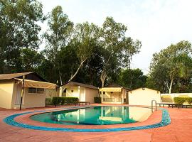 Glitz Ranthambore Safari Resort, Khilchīpur