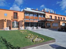 Hotel Restaurant Sol i Vi, Lavern (Ca l'Avi yakınında)