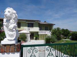 Motel B&B Casa Verde, Castello di Brussa