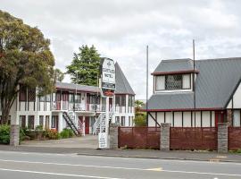 Castles Motel