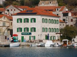 Hotel Maestral, Prvić Luka