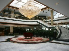 Stone Forest International Hotel, Qujing