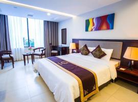 Golden Quang Tri Hotel, Ðông Hà