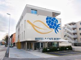 Hotel Rubus, Effretikon (Brütten yakınında)