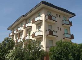 Hotel Marilena, Rimini (Rivabella yakınında)