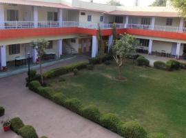 Hotel Goverdhan Tourist Complex, Фатехпур-Сикри (рядом с городом Kāgāraul)