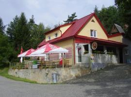 Rybářská Chata U Sumce, Stříbro (Blatnice yakınında)