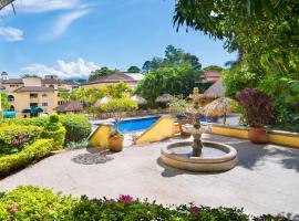 Apartotel & Suites Villas del Rio, San José (Chiverral yakınında)