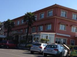 Hotel Garcas, Лаваколья