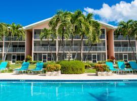 Aqua Bay Club Luxury Condos