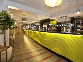 The King's Head Hotel Wetherspoon, Бекклс