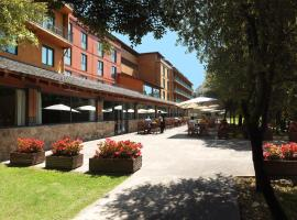 Montanyà Hotel & Lodge, Seva (San Martín de Centellas yakınında)