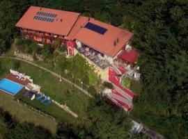 Eco Hotel Locanda del Giglio, Roveredo Capriasca (Piandera yakınında)