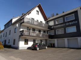 Waldhotel Einstein, Kirchhundem (Brachthausen yakınında)