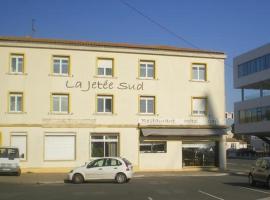 Hôtel La Jetée Sud, Ла-Рошель (рядом с городом La Pallice)