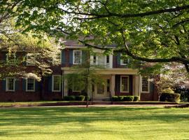 Charred Oaks Inn