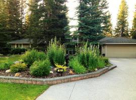 Redwood Retreat, Redwood Meadows (Blizu: Priddis)