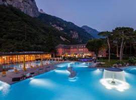 Grand Hotel des Bains, Lavey-les-Bains (Lavey yakınında)