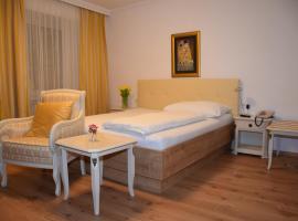 Hotel zum Goldenen Schiff