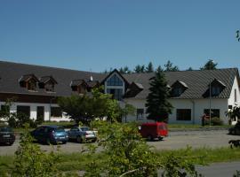Toscca, Čelákovice (Horoušany yakınında)