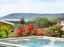 Amazing View Bungalows Curacao, Willibrordus (Dorp Sint Willebrordus yakınında)