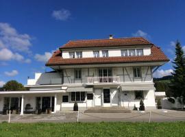 Landcafe mit Mini Hotel, Burgdorf (Lützelflüh yakınında)